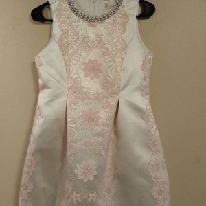 Girls Elegant party dress size 16 Monteau brand